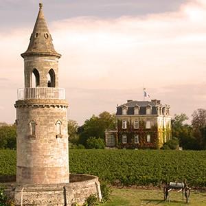 <span>Château </span>La Tour de By